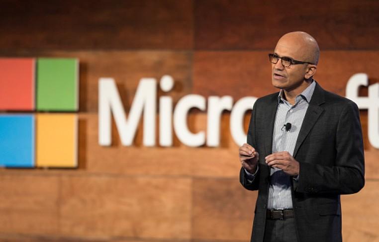Microsoft CEO Satya Nadella addresses shareholders during the 2016 Microsoft Annual Shareholders Meeting at the Meydenbauer Center.